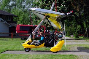 Trike am Flugplatz beim Startcheck